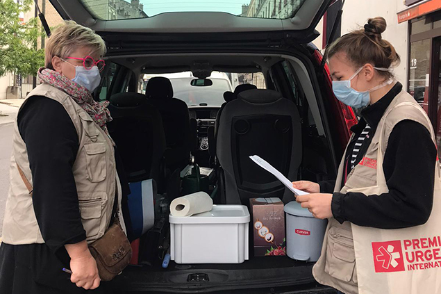 Premiere Urgence Internationale fights COVID-19 with mobile clinic in Ile-de-France