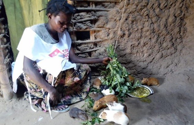 Marie Kapinga, beneficiary of Première Urgence Internationale's Strengthening food security project in the Democratic Republic of Congo