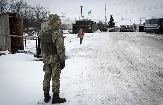© Sadak Souici | Conflit Ukrainien : un militaire dans la région de Donetsk